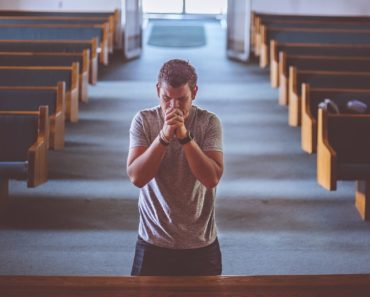 Here Are 10 Short And Powerful Prayers You Can Pray During The Day