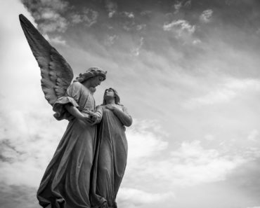 This is What Happens to Your Guardian Angel When You Pass Away