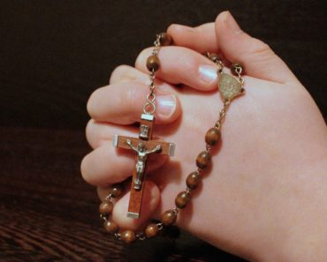 This is How To Properly Dispose of Broken Rosaries and Other Blessed Items