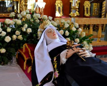 Powerful Prayer to Saint Rita for Impossible Cases