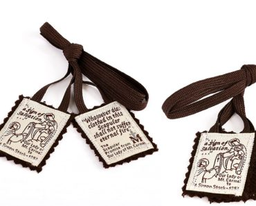 """Is the Brown Scapular just a Catholic """"Lucky Charm""""?"""