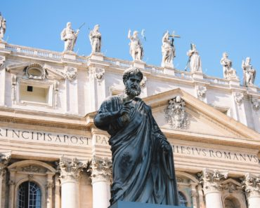Should Catholics Discard All the Books Written Before Vatican II?