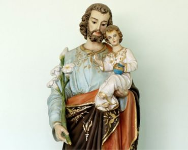 A Powerful Prayer on Behalf of Fathers